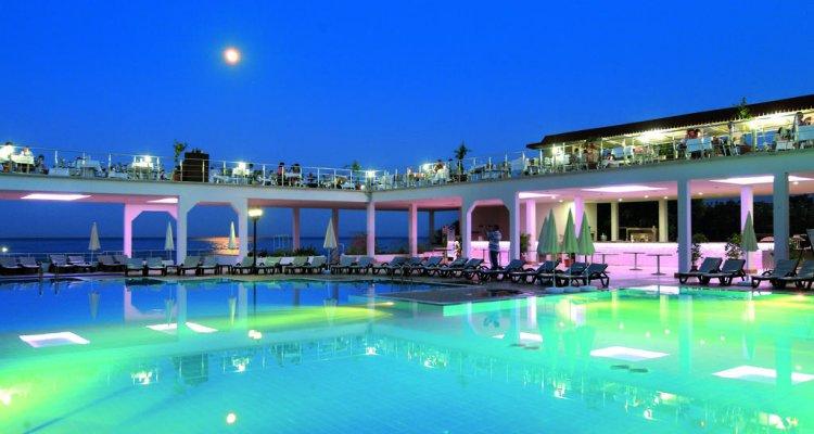 Majesty Club La Mer