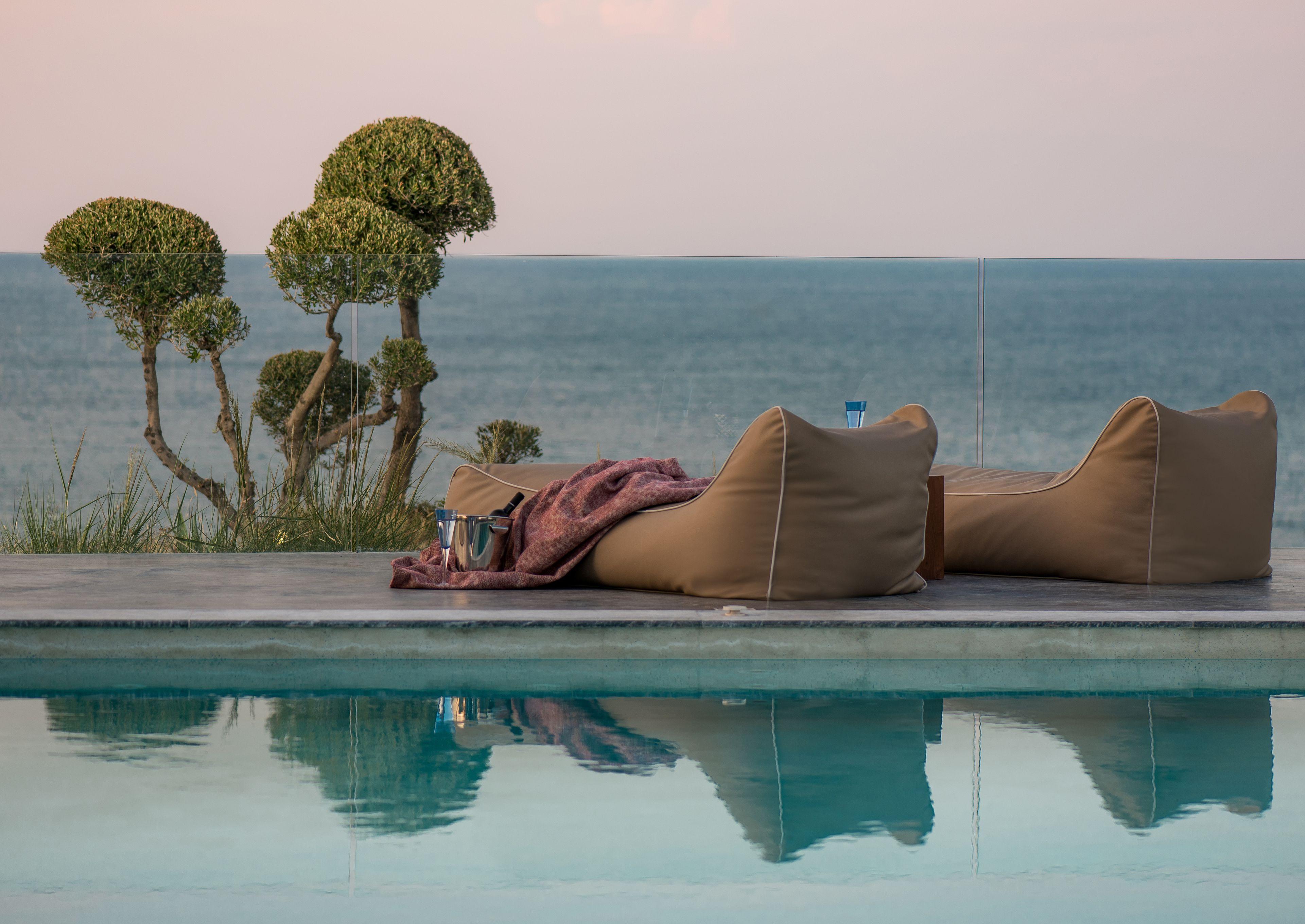 Sueno Luxury Villa