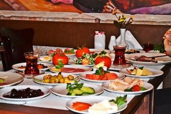 Alyon Taksim