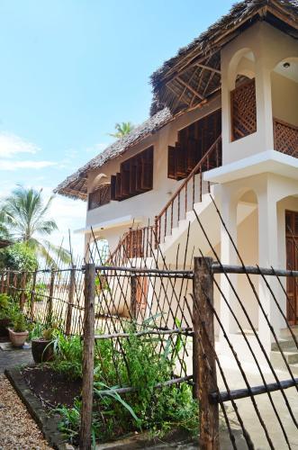 Jambiani Villas