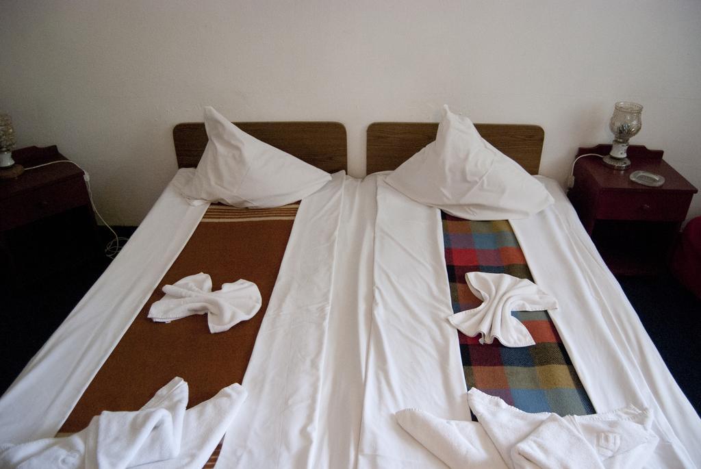 "Hotel Aida - camera standard - Oferta Speciala ""1 Iunie la mare"" - Doar cazare"