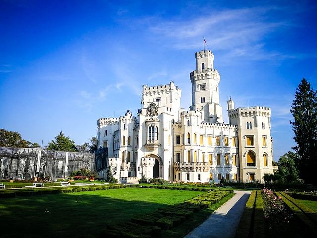 VIENA- PRAGA si Castelele BOEMIEI 3*