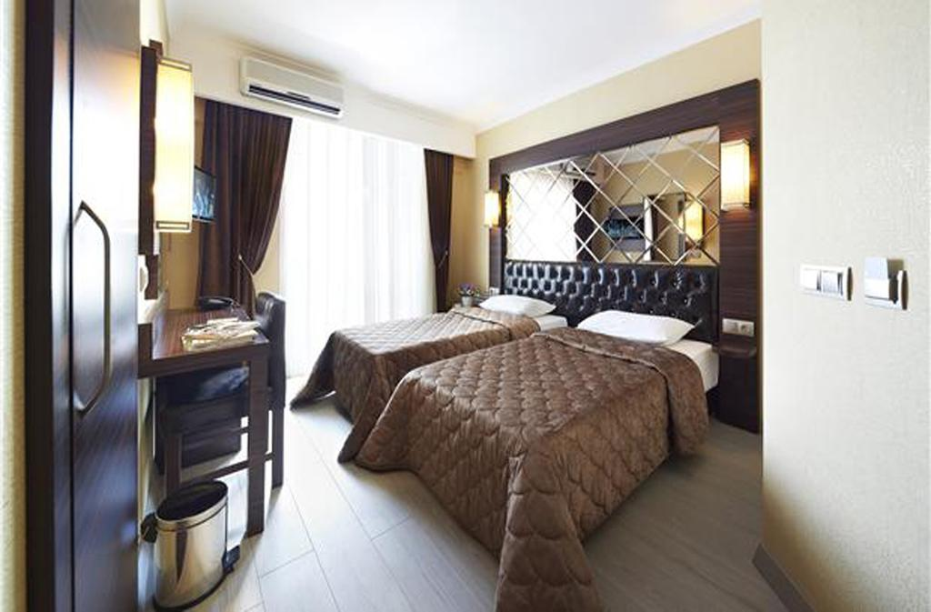 IDEAL PICCOLO HOTEL (Adults Only)