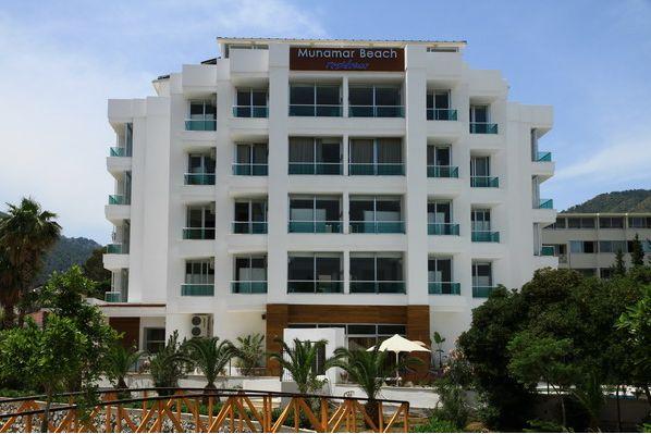 Munamar Beach & Residence (Adults Only)