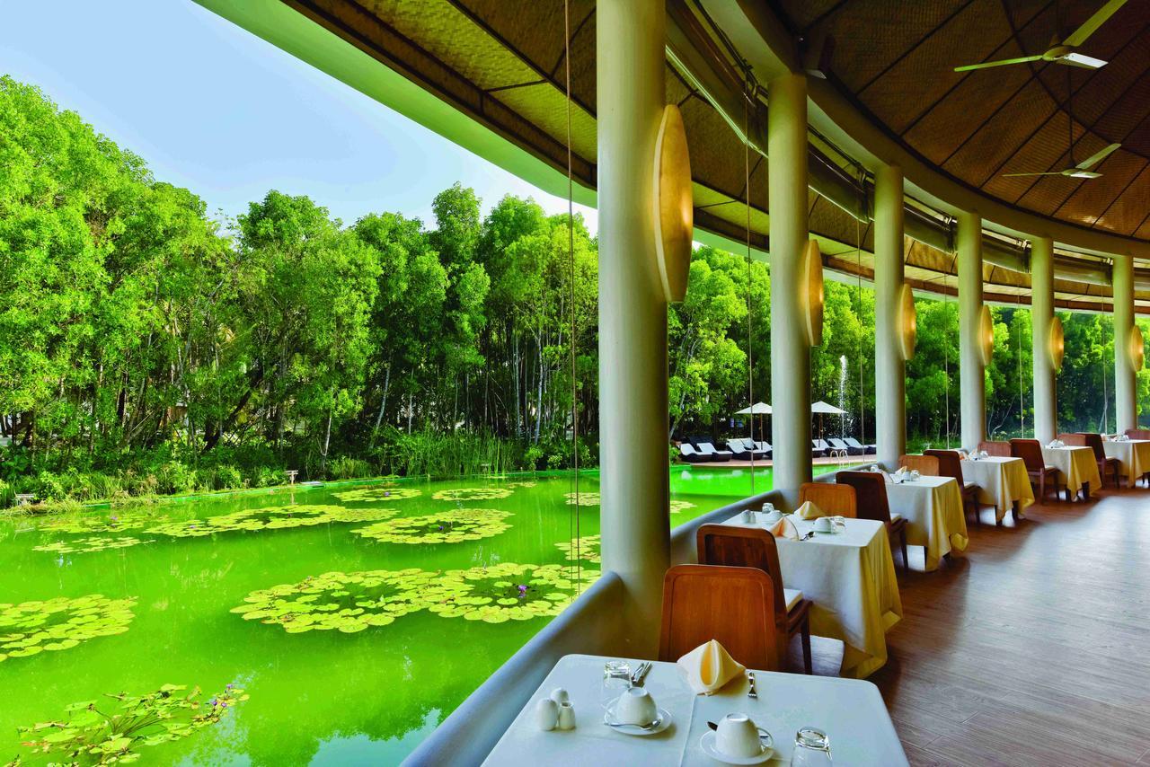 Dreamland Maldives Resort