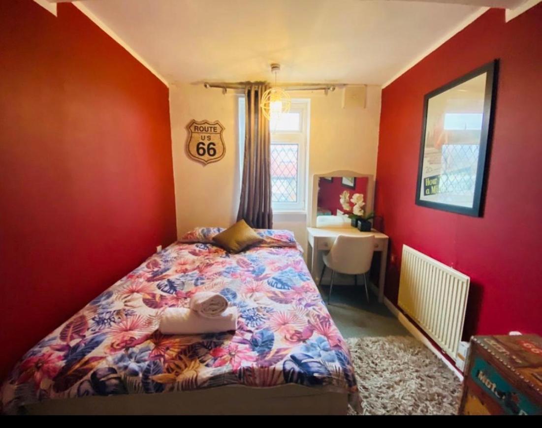 Docklands Rooms