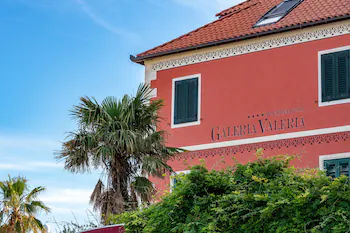 Galeria Valeria Seaside Downtown