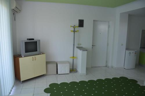 Maria Residence