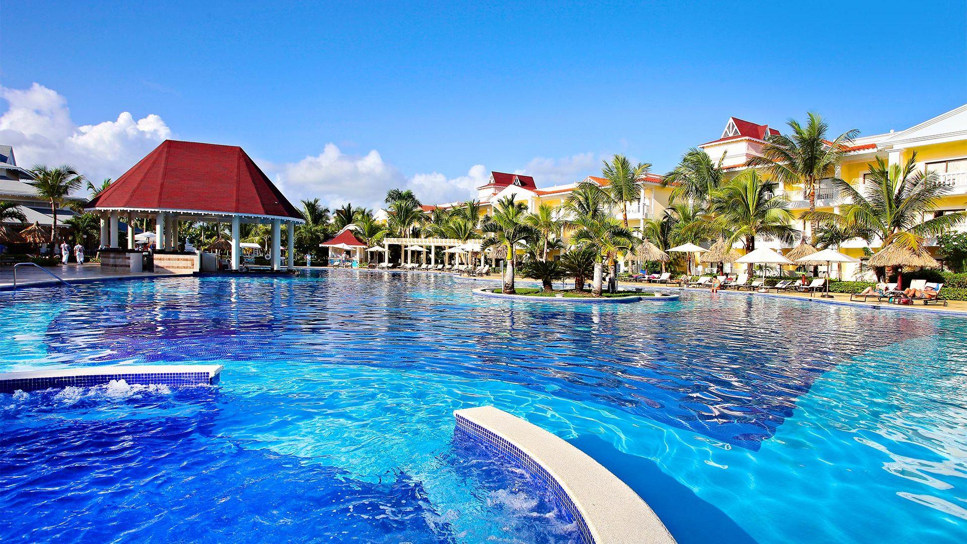 Revelion 2022 - Sejur charter Bahia Principe Resort Punta Cana, 9 zile