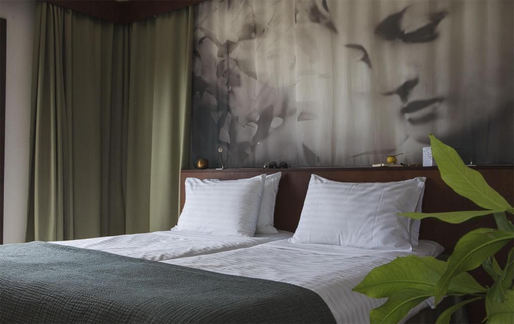 ALMIRIDA BAY HOTEL