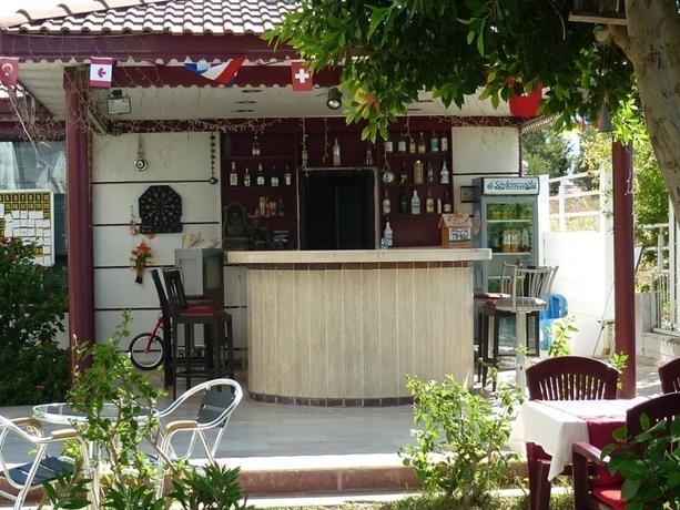 Carna Garden Otel