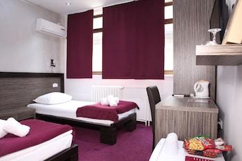 Side One Design Hotel
