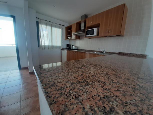 Las Colinas Apartments