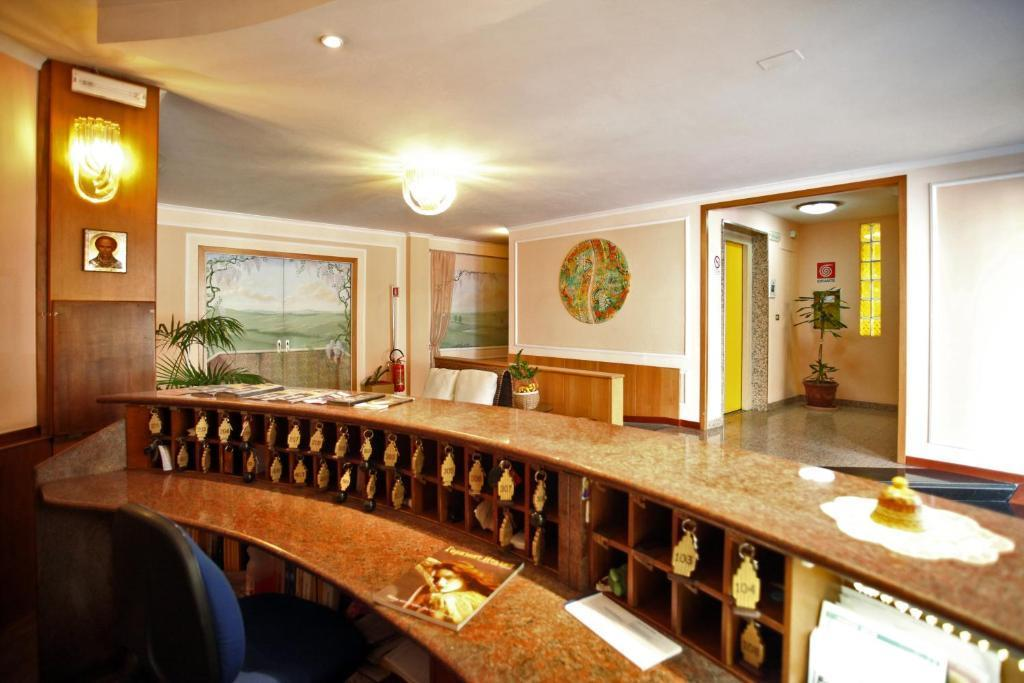 Cristal Hotel Bari