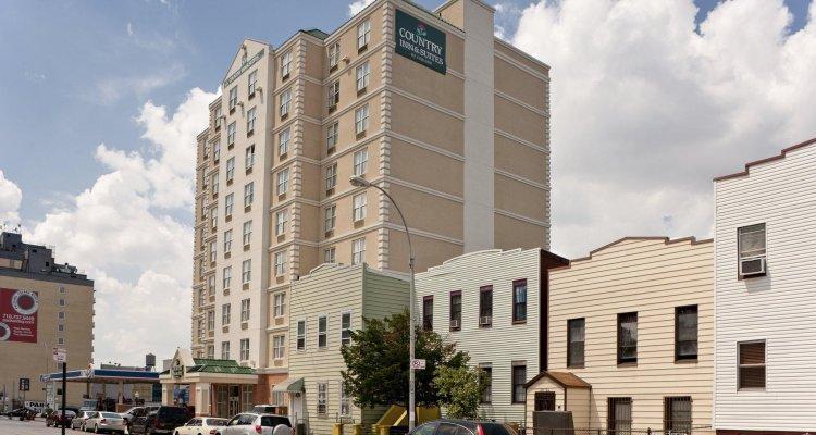 Queens County Inn & Suites