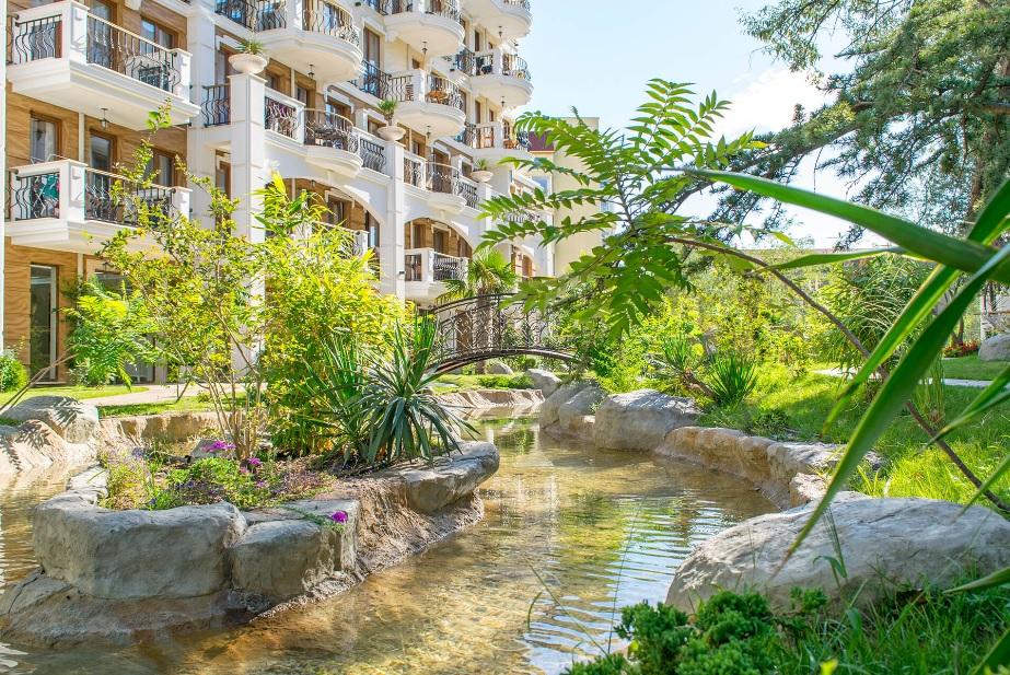 Harmony Suites 8&9 Aparthotel /Dream Island/