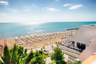 Suneo Beach Hotel