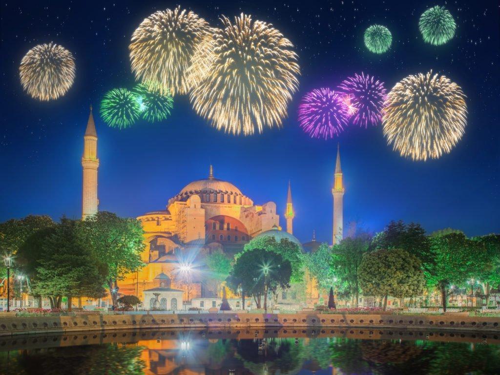 REVELION 2021 ISTANBUL - PALATUL DOLMABAHCE - TURN SAPPHIRE