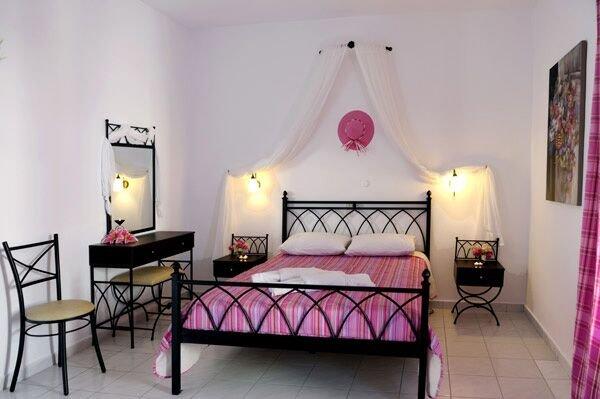 Glaronisia hotel - Polonia (Milos)