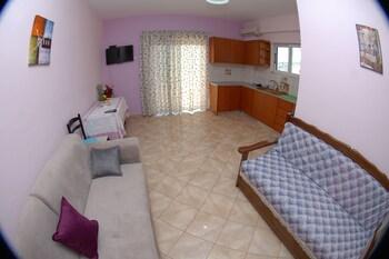 Bebi Apartments