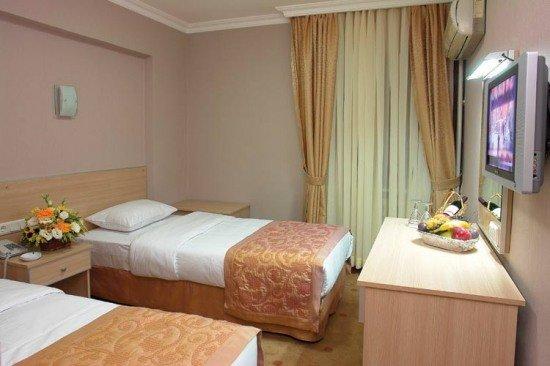 Hotel Ayma Beach Resort