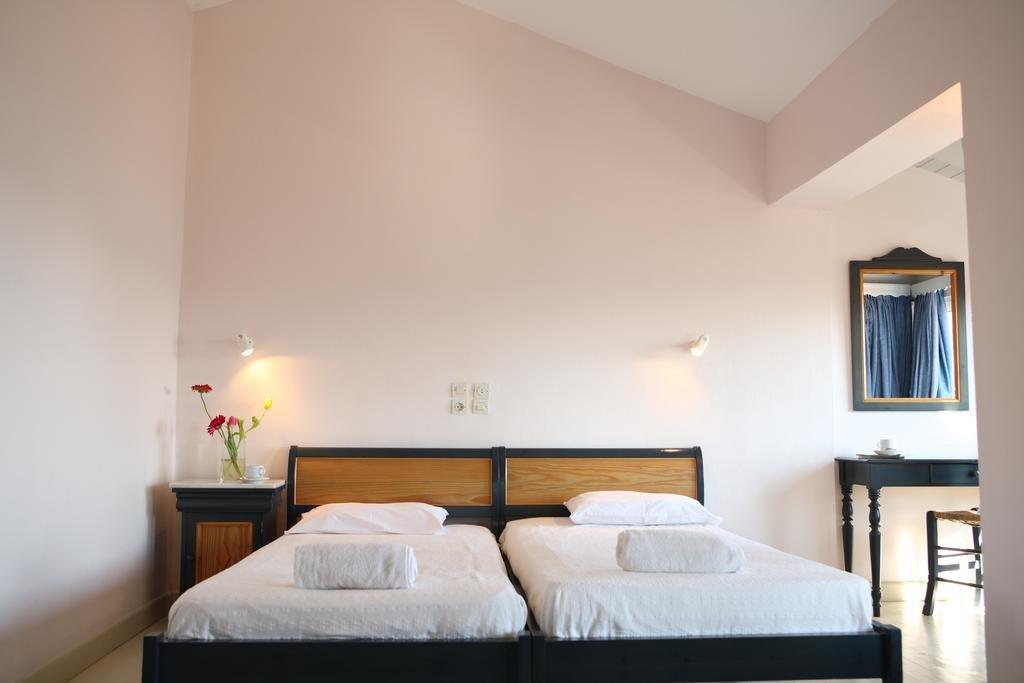 Red Tower Hotel (Nikiana - Nidri Area)