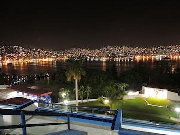 Aristos Acapulco