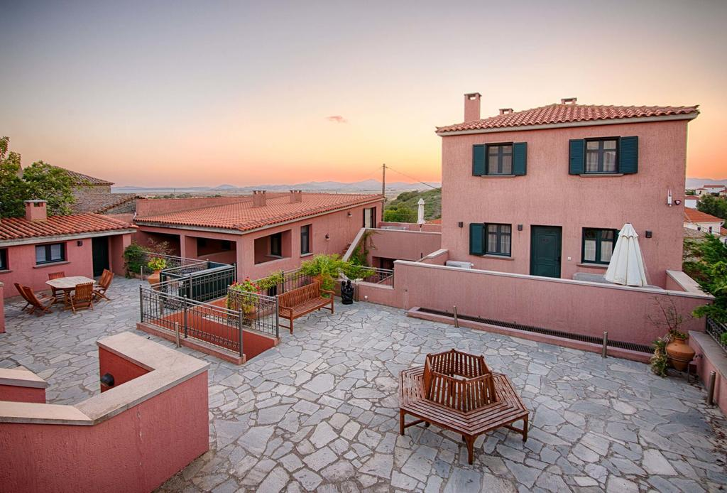 The Varos Residence