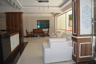 Mitos Apartment & Hotel