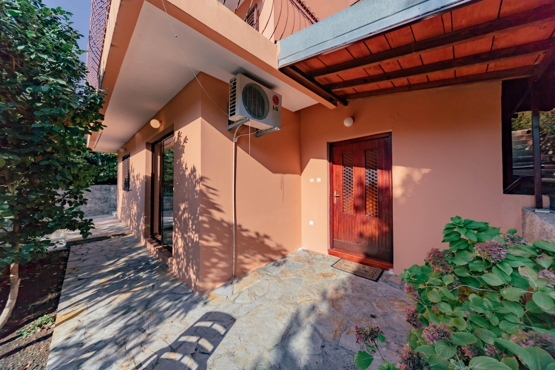 Orange Dream Apartment