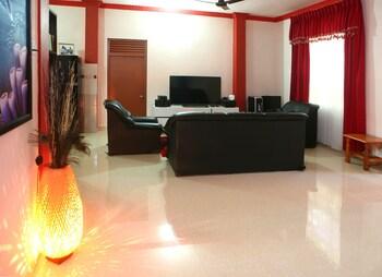 Equa Reef Maldives Hotel