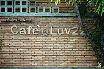 Cafe@luv22 Guest House