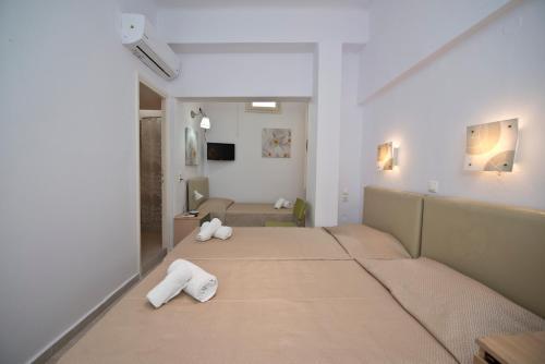 Karboni Hotel