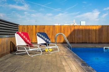 Urban Districs Apartments Rambla Suite And Pool