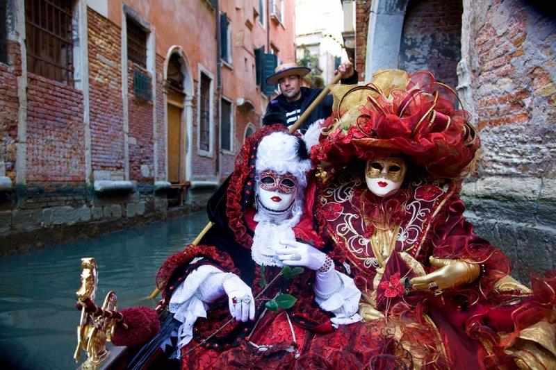 Culorile Carnavalului Venetian