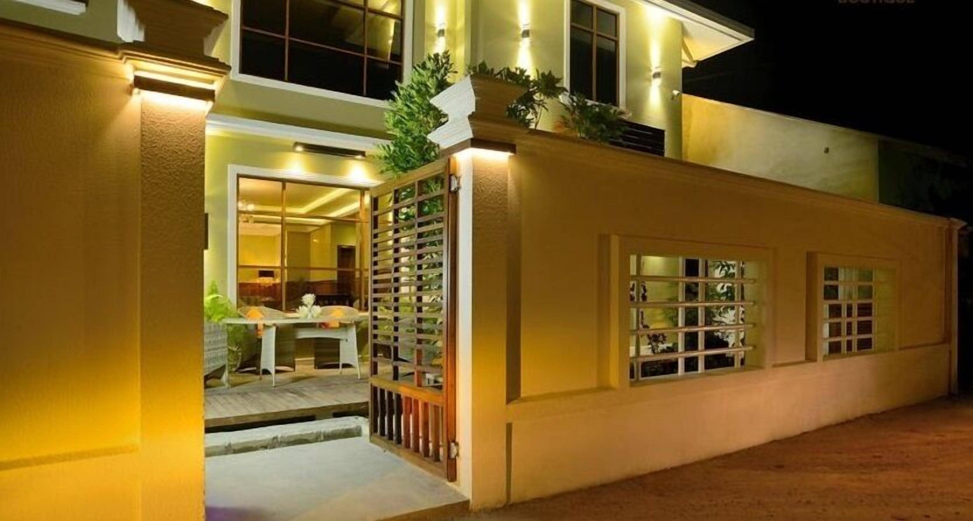 Marina Boutique Hotel