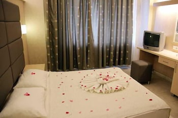Ozcan Hotel And Family Suites