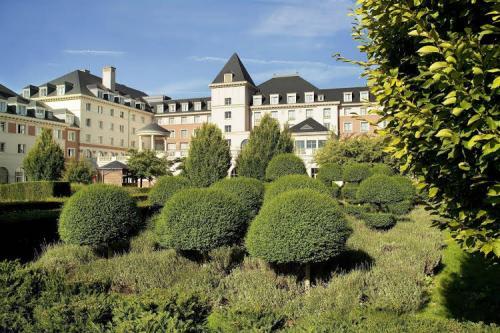 Vienna House Dream Castle at Disneyland ® Paris