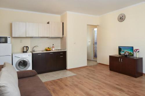 Feniks Apartments