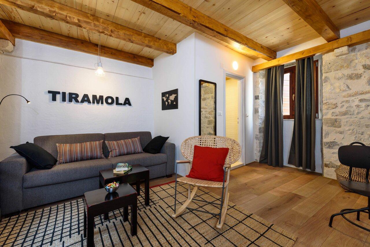 Guest House Tiramola
