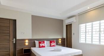 ZEN Rooms V Plaza Manila