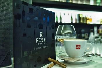 Rise Boutique