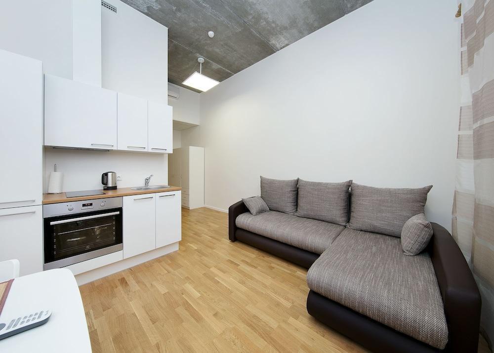 Lks Apartments