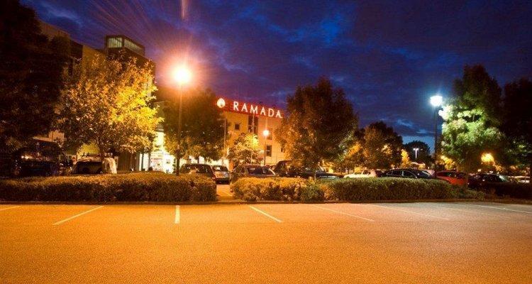 Ramada London North M1
