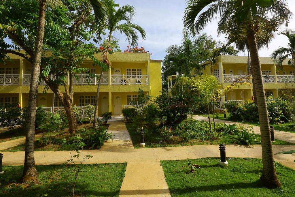 Merril's Beach Resort III