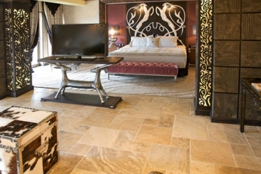 Royal Castle Design And Spa