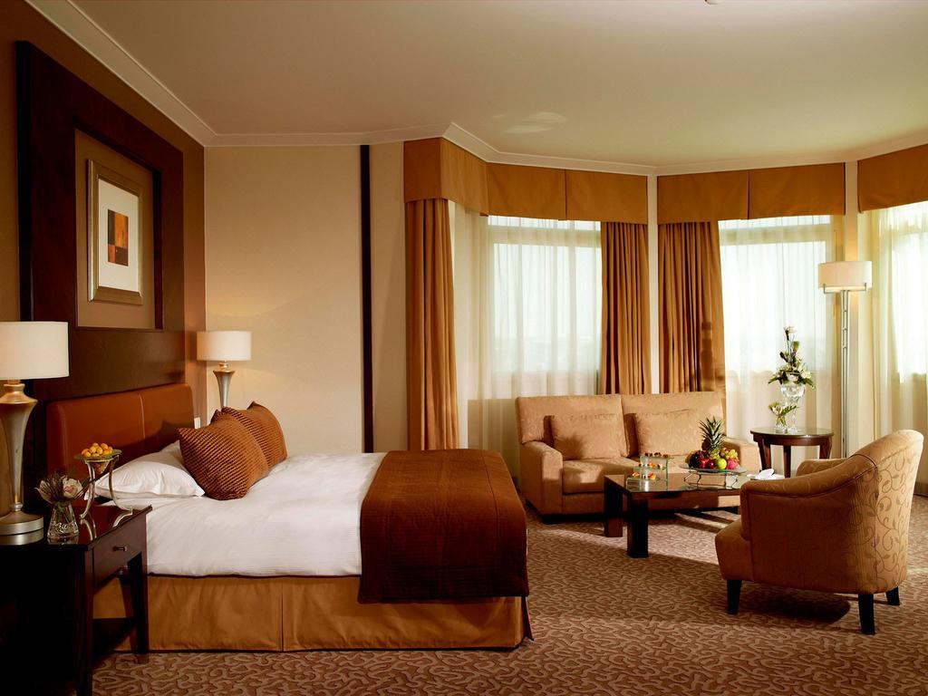 Swissotel Al Murooj Dubai