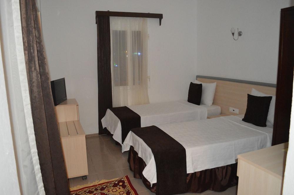 Bitez Sunset Hotel