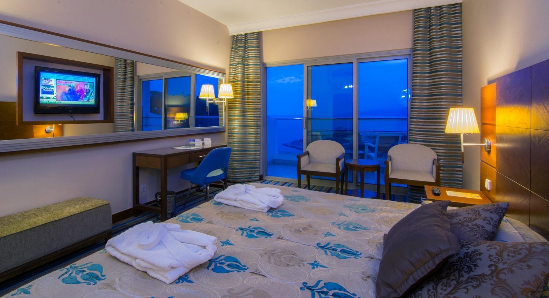 PINE BAY HOLIDAY RESORT HOTEL