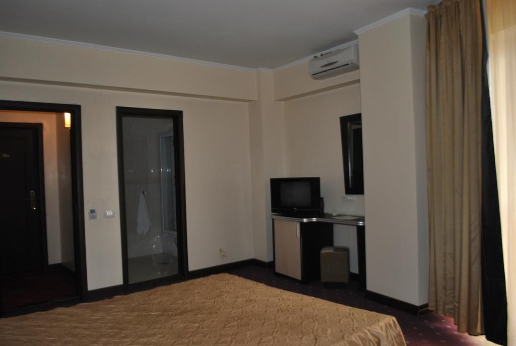 Hotel Coral - Inscrieri Timpurii 30.04.2021